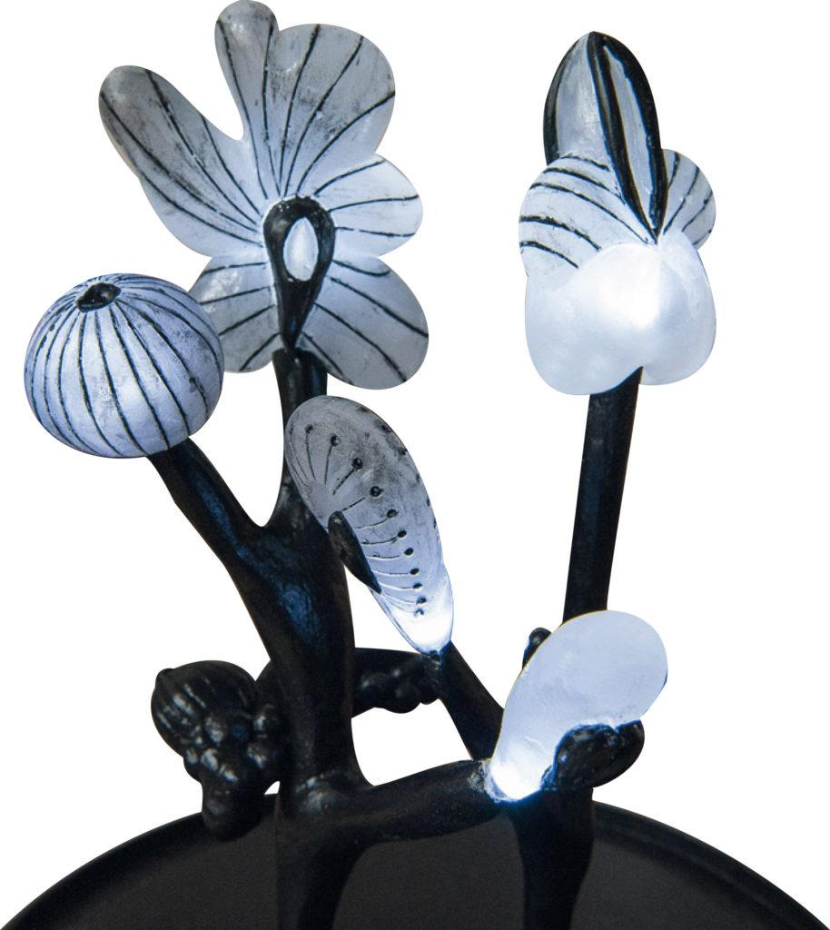 sculpture sous cloche, cabinets de curiosités lumineux