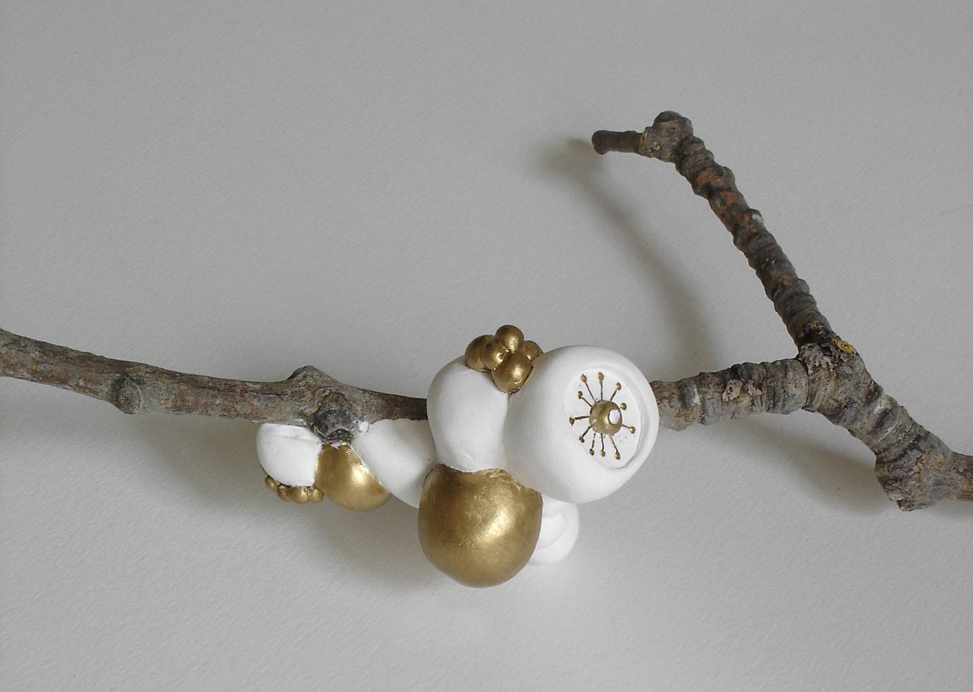 sculpture branche arbre plâtre doré blanc